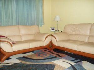 Перетяжка кожаной мебели в Твери